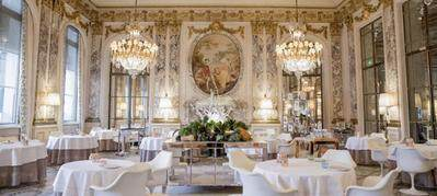 Inilah Restoran dengan Suasana Paling Mewah di Dunia, Nomor 5 Wow Banget!