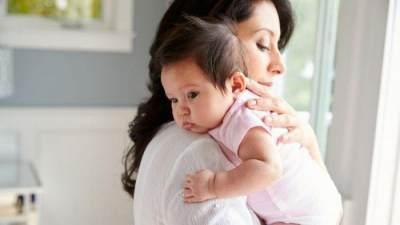 Jangan Khawatir Moms! Lakukan Trik Jitu Mengatasi Bayi Cegukan Berikut!