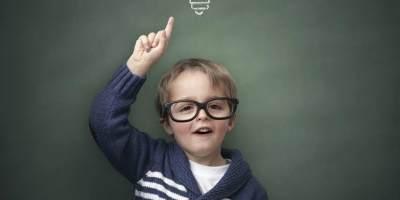 Mau Tahu Seberapa Pintar si Kecil? Cek 11 Ciri-ciri yang Dimiliki Anak Jenius Ini!