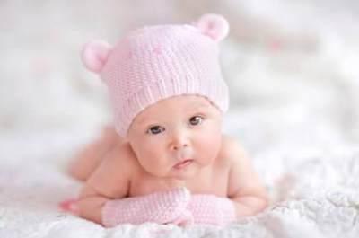 Bingung Memilih Nama Bayi? Sederet Nama Bayi Cerdas Berikut Bisa Menjadi Pilihan Moms