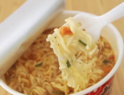 Wajib Tahu, Ini Dia Tips Sehat Makan Mie Instan