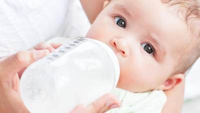 5 Hal yang Harus Moms Perhatikan Saat Akan Memilih Susu Kemasan untuk Anak