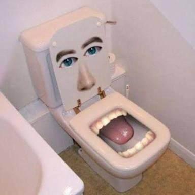 Bikin Tercengang! Desain Kloset Nyeleneh Ini Bakal Bikin Kita Betah di Toilet Lho Moms!