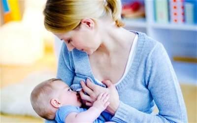 2. Menyapih Bayi pada Waktu yang Tepat