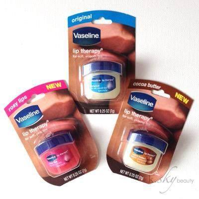 5 Cara Atasi Bibir Kering Saat Menggunakan Lipstick Matte
