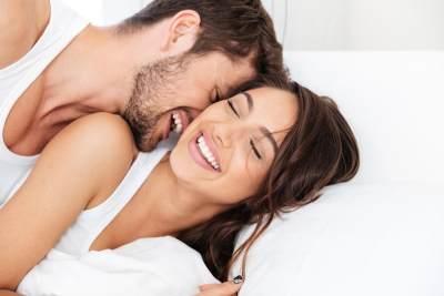 Ketahui 6 Manfaat Seks Bagi Kesehatan, Jangan Sampai Moms Lewatkan