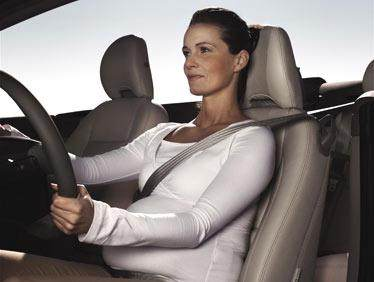 Tips Aman dan Tepat Memakai Seat Belt Buat Ibu Hamil Saat Berkendara