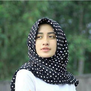 Pilihlah Jilbab dengan Bahan yang Tepat