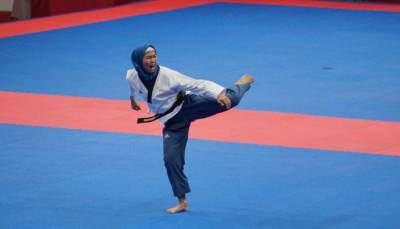 Asian Games 2018: Hijaber Manis Defia Rosmaniar, Peraih Emas Pertama untuk Indonesia