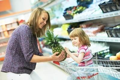 Katakan Tidak Mengemut Makanan Pada Anak dengan Mengikuti Tips Berikut