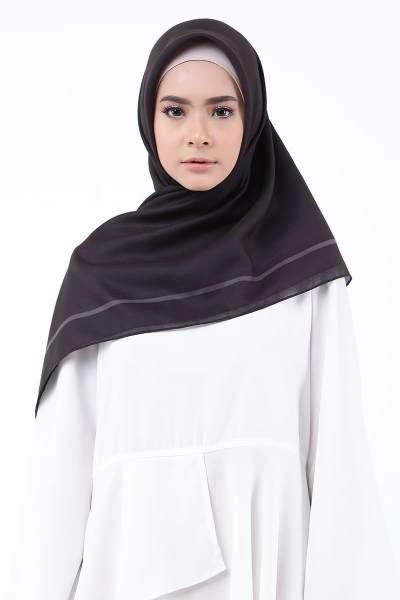Agar Terlihat Lebih Tirus, Tips Memakai Hijab Untuk Wajah Lebar Ini Wajib Kamu Lakukan