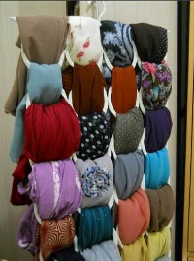 Intip Trik Melipat Hijab Agar Rapi Tanpa Bentuk Garis Lipatan yang Mengganggu!