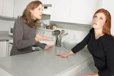 6 Tips Menghadapi Mom Shaming, Nomor 2 Paling Ampuh!
