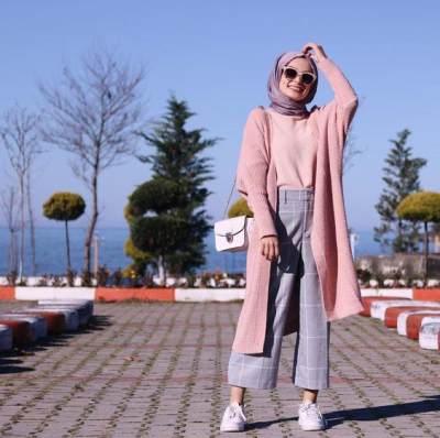 Pastikan Rambut Benar-Benar Kering Sebelum Memakai Hijab