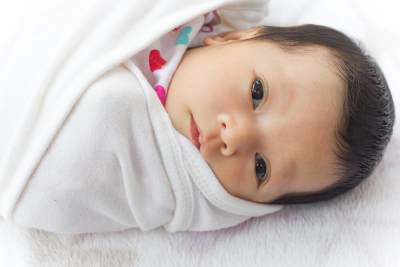 7 Hal Penting yang Harus Mommy Tahu Saat Akan Membedong Bayi