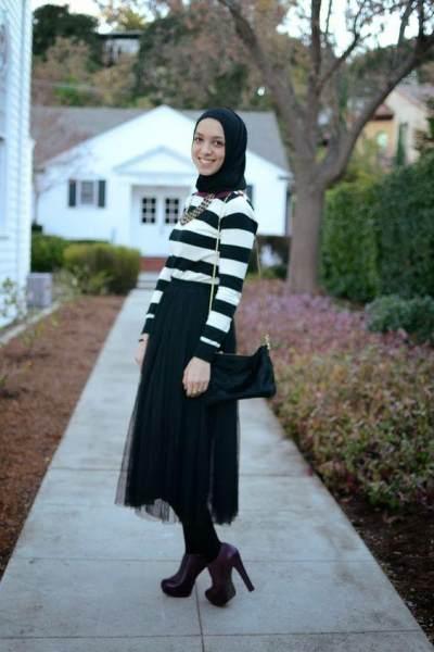 Manis dan Nggak Norak, Inspirasi Style dengan Tulle Skirt untuk Hijabers Ini Wajib Kamu Intip