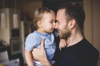 Ini Tanggung Jawab Penting Seorang Ayah Terhadap Anak