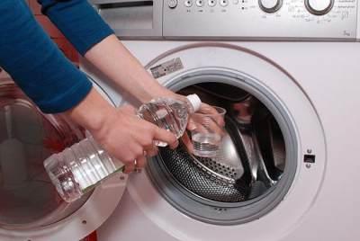 3. Bersihkan dengan Baking Soda