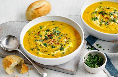 3. Makanan Bertekstur Basah dan Lengket