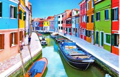 Cantik! Intip Yuk, Beberapa Kota di Dunia yang Punya Nuansa Warna-warni
