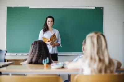 Hal-hal yang Harus Diperhatikan dalam Memilih Sekolah Anak