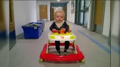 Belajar Berjalan Dini dengan Baby Walker Ternyata Ada Risikonya Lho, Moms!
