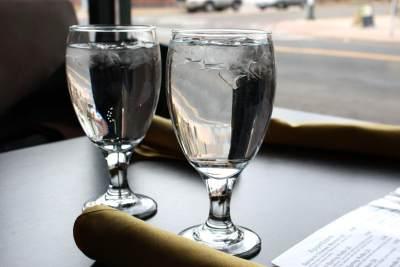 3. Hindari Soft Drink