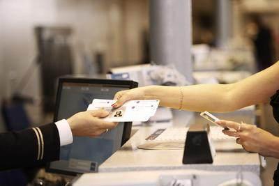 8. Siapkan semua dokumen dan simpan barang elektronik