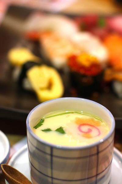Yuk, Coba Buat Resep Chawan Mushi untuk Sajian Makan Malam Lezat dan Hangat