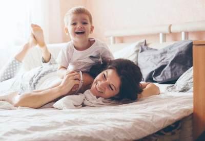 Hati-Hati Moms, Ternyata Baju Bisa Jadi Sarana Penyebaran Penyakit pada Anak!