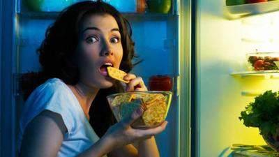 5. Makan pada Malam Hari Sebelum Tidur
