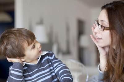 Anak Sulit Mengikuti Instruksi? Pakai Cara Jitu Ini Deh Moms!