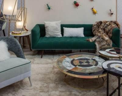 Ingin Ruang Keluarga Tampil Berbeda? Tambahkan Saja Sofa Unik Ini