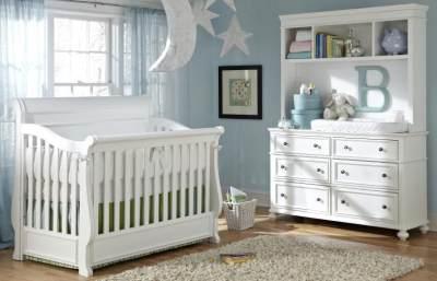 Pilih-Pilih Box Bayi: Mana Bahan yang Paling Aman untuk Si Kecil?