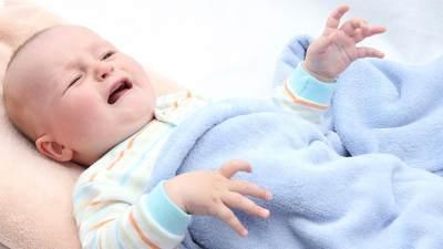 Minyak Kelapa untuk Mengatasi Bayi 6 Bulan Susah BAB, Aman Nggak, Ya?