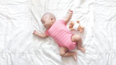 Cara Menidurkan Bayi dalam Hitungan Detik