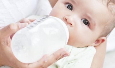 Penyebab Bayi Cegukan Setelah Menyusu