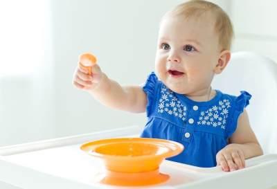 Moms Akan Mulai Merencanakan Makanan Bayi 9 Bulan Ke Atas? Baca Ini Dulu Yuk!