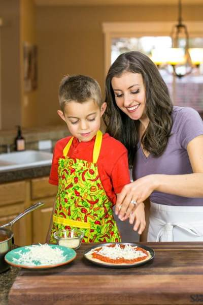 Berikut Ini Manfaat Lain dari Memasak dengan Anak