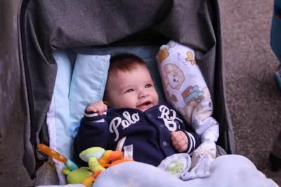 Moms Wajib Baca! Ini Pilihan Stroller Bayi yang Praktis dan Ringan di Bawah 6 Kilogram