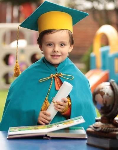 Mengenal Asuransi Pendidikan Anak