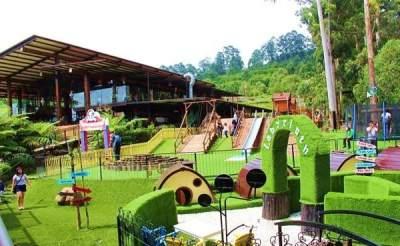 5 Rekomendasi Cafe Di Bandung yang Instagramable dan Kids Friendly