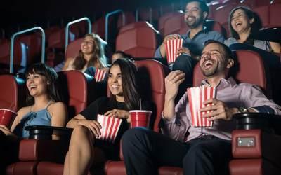 Siapkan Amunisi Popcorn! 5 Film Terbaru Indonesia Ini Bakal Bikin Kamu Baper Banget!