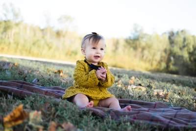 Tumbuh Kembang Bayi 9 Bulan