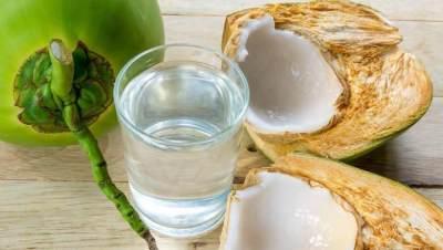 Manfaat Air Kelapa Hijau untuk Kesuburan