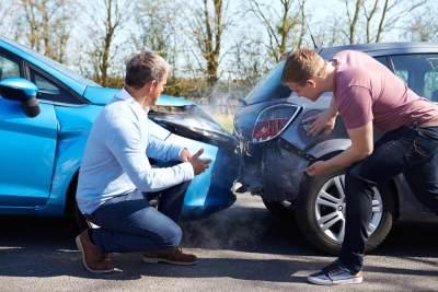 Bermasalah dengan Klaim Asuransi Mobil yang Ditolak? Ketahui Triknya Berikut Ini!