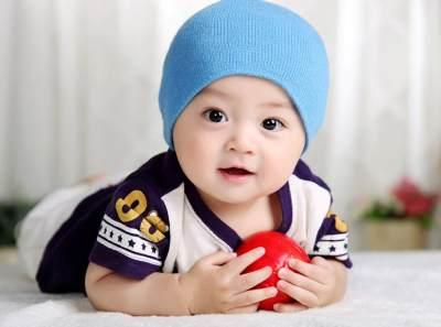 Hm, Kenapa Bisa Ya, Bayi Ganteng? Apakah Ngidam Saat Hamil Berpengaruh?
