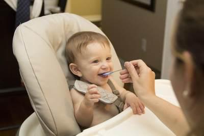 MPASI 7 Bulan Ala Smart Mom, Menu Bergizi untuk Bayi Sehat