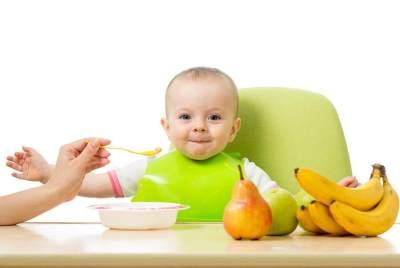 Tak Bisa Sembarangan! Ini Buah Untuk Bayi 6 Bulan yang Boleh Dikonsumsi Si Kecil