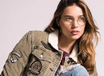 Tips dan Trik Memilih Kacamata yang Cocok untuk Wajah Moms